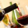 De ce vinul roșu agravează durerile de cap?
