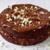 Tort cu ciocolată și caramel sărat