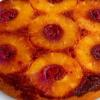 Prăjitură răsturnată cu ananas