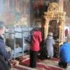 Incredibil, în România. Icoana Maicii Domnului plânge neîncetat de peste o lună