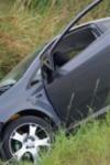 Accident! Un tânăr din Dorohoi intrat cu mașina în șanț, după ce s-a urcat băut la volan
