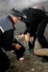 Tânăr de 19 ani reţinut după ce a provocat haos într-un bar