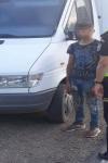 Polițiștii de frontieră dorohoieni au depistat un sucevean la volanul unei autoutilitare cu asigurare falsă