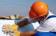 Locuri de muncă disponibile în construcții în Israel. Vezi ce condiții trebie să îndeplinești!