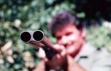 Infracţiuni la regimul armelor şi muniţiilor şi al vânătorii şi protecţiei fondului cinegetic