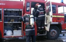 Bucătărie de vară distrusă într-un incendiu