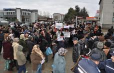 Închiderea Spitalului Orăşenesc din Darabani scoate lumea în stradă
