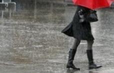 Vin ploi şi ninsori în următoarele zile