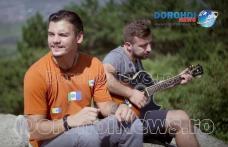Melodie specială despre Dorohoi și Dealul Polonic compusă de dorohoienii de la Fără Zahăr - VIDEO