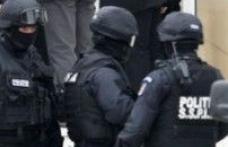 Tinerii dorohoieni reţinuţi marţi pentru trafic de droguri au fost arestaţi