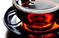 Ceaiul negru hidrateaza mai bine decat apa