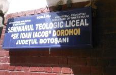 Elevii defavorizaţi de la Seminarul Teologic din Dorohoi vor beneficia de burse