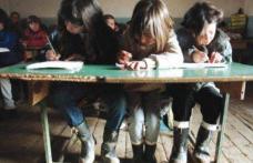 Ajutorul financiar pentru elevii săraci, votat de Senat