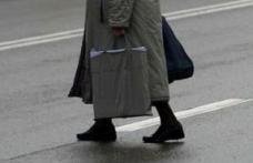 Bătrână ajunsă la spital în urma unui accident de circulaţie