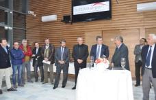 Oameni de afaceri şi autorităţi publice din două judeţe s-au reunit pe aeroportul Salcea