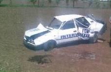 O maşină a fost făcută zob la ieșirea din Dorohoi spre Şendriceni