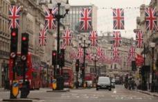 Nunta regala a produs 140 de tone de gunoi pe strazile Londrei