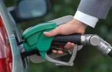 Surpriză la benzinării pentru șoferi. Prețul la carburanți s-a prăbușit!