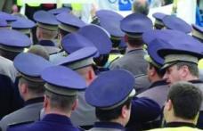 Polițiștii ies marți în stradă - protestează față de disponibilizări
