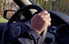 Tânără cercetată datorită neatenției la volan