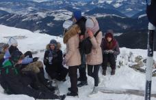 Proiect de supraviețuire montană și sporturi de iarnă cu profesori din județul Botoșani - FOTO
