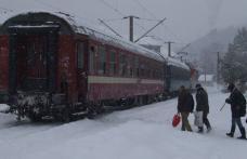 Primim la redacţie - Trenul Regio Trans Iași - Dorohoi face Camping în Dângeni