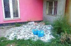 Primim la Redacţie: Moloz abandonat cu nesimțire pe domeniul public - Cartierul Plevna Dorohoi – FOTO