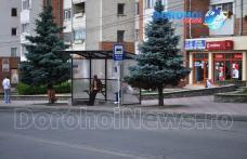 Primim la redacţie - Microbuzul trece, călătorii rămân - Cum ar trebui să procedăm? - FOTO