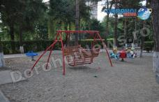 Primim la redacție - Nu distrugeți locurile de joacă pentru copii! Nu distrugeți lucrurile frumoase - FOTO