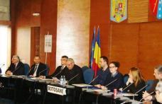 La Prefectură: Interes major pentru finanţările europene în cultură, dar şi critici privind birocraţia presupusă