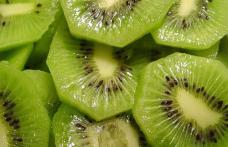 Consumul de kiwi poate preveni boli ca Alzheimer, Parkinson şi cancer