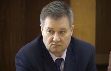 Senatorul Gheorghe Marcu îl ia la întrebări pe Emil Boc referitor la modul de acordare a despăgubirilor aferente imobilelor preluate abuziv