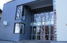 Drept la replică! Consilierii dorohoieni acuzați de amânarea inaugurării Cinematografului MELODIA reacționează!