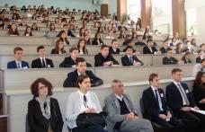 "Prefectul Dan Nechifor a deschis Conferinţa ""Botoşani Model United Nations"" - FOTO"