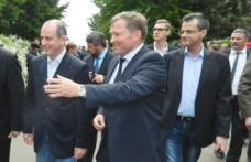 Ministrul agriculturii prezent la Botoșani, la Staţiunea de Cercetare Popăuţi. I-au fost solicitate măsuri pentru protejarea fermierilor - FOTO