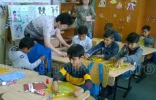 Campanie de informare şi educaţie sanitară în Școala Gimnazială nr.2 Ștefan cel Mare Dorohoi - FOTO