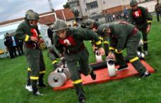 Pompierii voluntari şi privaţi se întrec mâine, în cadrul concursurilor profesionale ale serviciilor voluntare şi private pentru situaţii de urgenţă