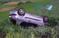 Accident spectaculos pe drumul Dorohoi-Botoșani. O tânără a ajuns la spital după ce s-a dat cu mașina peste cap - FOTO