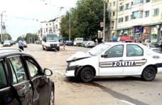 Accident cu maşina poliţiei, în Botoșani. Echipajul se afla în misiune. O polițistă a fost rănită!