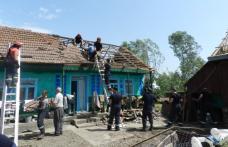 Pompierii botoşăneni intervin în sprijinul populaţiei din Sinăuţi, comuna Mihăileni - FOTO