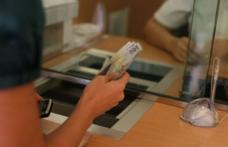 Veste bună pentru angajați: Băncile nu mai pot bloca conturile de salarii