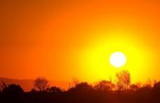 Meteorologii informează: caniculă şi disconfort termic accentuat în zilele ce urmează!