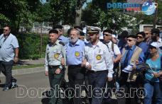 """Zeci de evrei au participat la """"Marșul tăcerii"""" organizat pentru a comemora victimele pogromului din Dorohoi - VIDEO/FOTO"""
