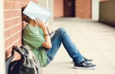 Cei care nu au luat examenul de Bacalaureat vor primi bani de la stat timp de şase luni