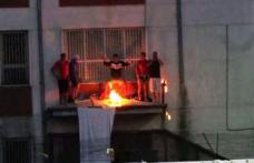 Proteste în penitenciare. La Botoşani, condamnaţii au dat foc închisorii, la Jilava deţinuţii au refuzat masa de seară