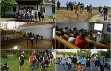 """Fotografi din patru judeţe în Tabăra Foto Ipotești """"Căutându-l pe Eminescu"""" - FOTO"""
