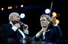 După Rieu, Gheorghe Zamfir cântă cu Francesco Napoli. Încă un duet internațional