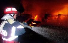Casă incendiată la Coțușca după o despărţire prin sms