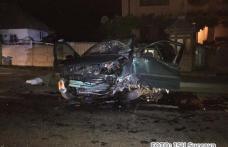 Patru victime după ce un autoturism s-a izbit de un cap de pod. Pasagerii veneau acasă din Germania - FOTO