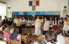"FOTO | Şcoala Nr.5 Spiru Haret Dorohoi ""In memoriam Eminescu"""